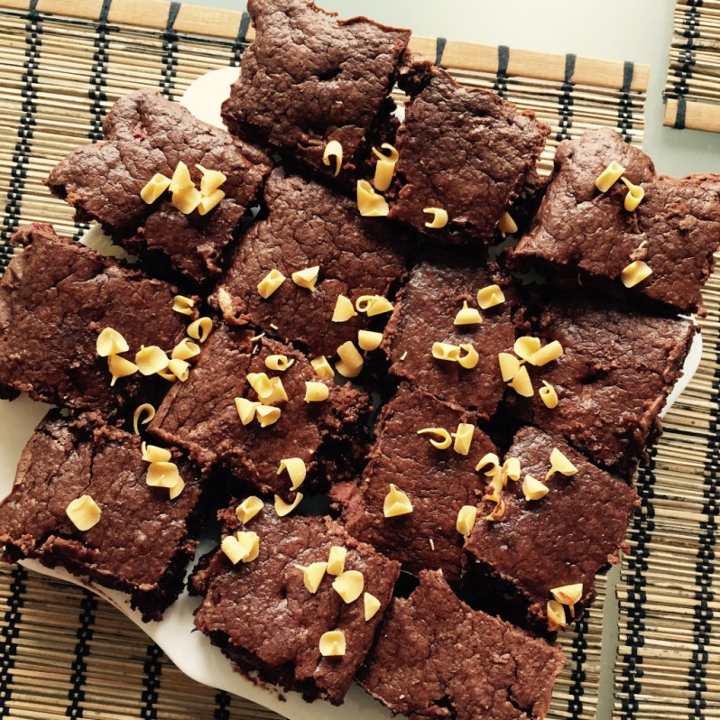 Triple Chocolate And Plum Protein Cake bars_
